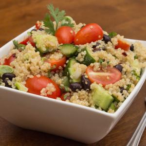como hacer Quinoa Fiesta Salad
