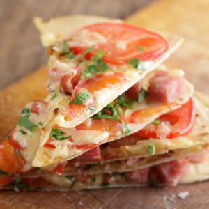 como hacer Tortilla Pizza